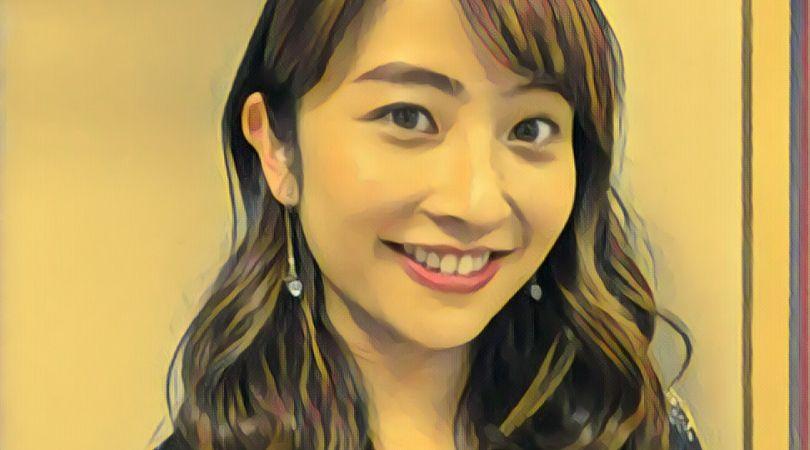 山本恵里伽アナ 色白 ハーフ 美人 口元 かわいい 画像